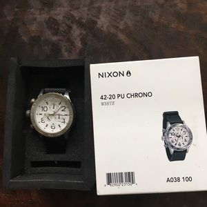 New Nixon watch silver and black